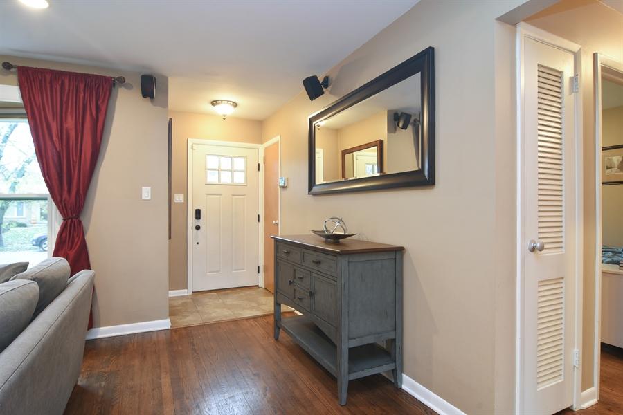 Real Estate Photography - 1327 E. Norman Drive, Palatine, IL, 60074 - Foyer