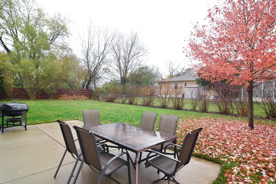 Real Estate Photography - 1327 E. Norman Drive, Palatine, IL, 60074 - Patio