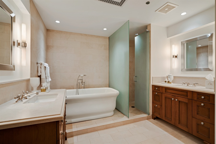 Real Estate Photography - 840 N. LAKE SHORE Drive, Unit 1803, Chicago, IL, 60611 - Master Bathroom