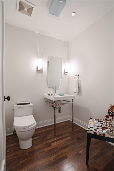 Real Estate Photography - 840 N. LAKE SHORE Drive, Unit 1803, Chicago, IL, 60611 - Powder Room