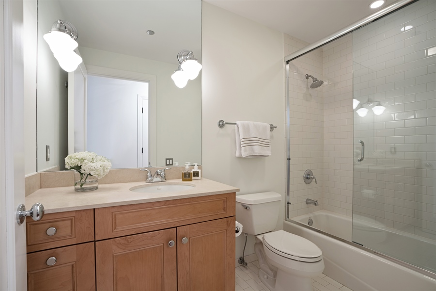 Real Estate Photography - 840 N. LAKE SHORE Drive, Unit 1803, Chicago, IL, 60611 - Ensuite Bathroom 2