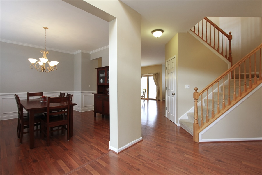 Real Estate Photography - 468 Mockingbird Court, Lindenhurst, IL, 60046 - Foyer