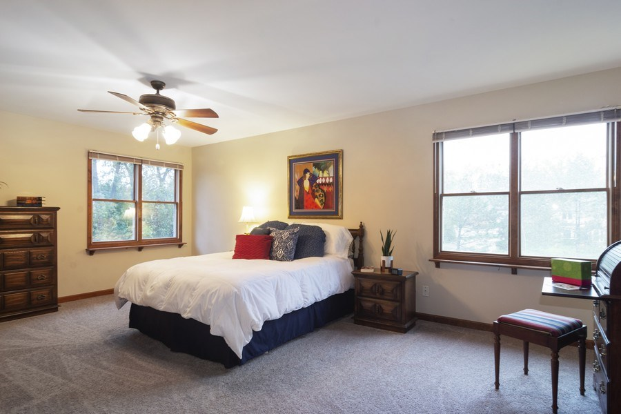 Real Estate Photography - 319 N Pondview Drive, Palatine, IL, 60067 - Master Bedroom