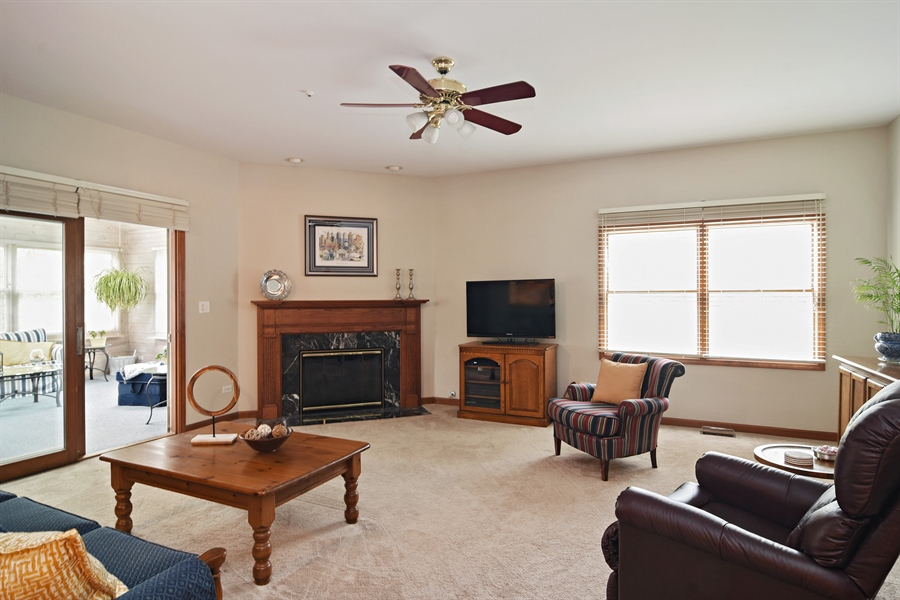 Real Estate Photography - 319 N Pondview Drive, Palatine, IL, 60067 - Family Room