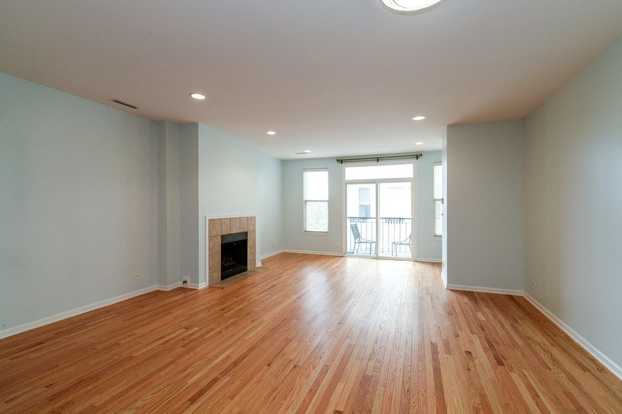 Real Estate Photography - 3516 N. SHEFFIELD Avenue, Unit 3RN, Chicago, IL, 60657 - Living Room/Dining Room
