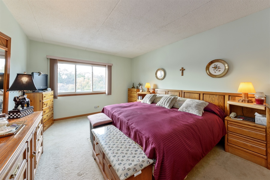 Real Estate Photography - 1227 Brown Street, Unit 304, Des Plaines, IL, 60016 - 2nd Bedroom