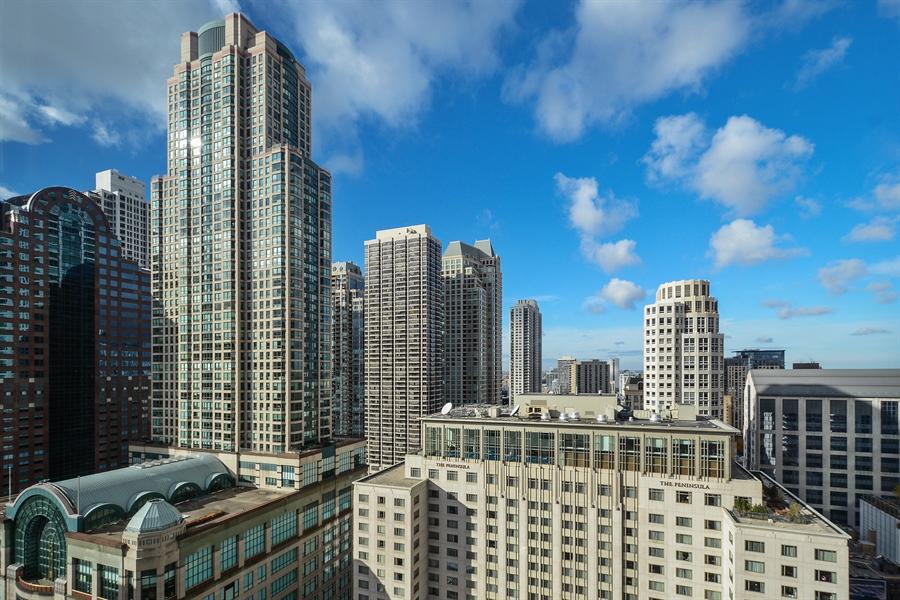 Real Estate Photography - 777 N. Michigan Avenue, Unit 3007, Chicago, IL, 60611 - View