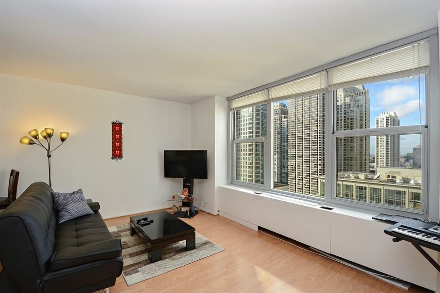 Real Estate Photography - 777 N. Michigan Avenue, Unit 3007, Chicago, IL, 60611 - Living Room