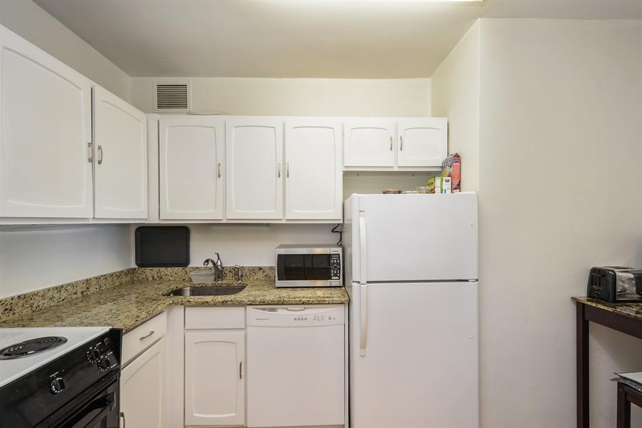 Real Estate Photography - 777 N. Michigan Avenue, Unit 3007, Chicago, IL, 60611 - Kitchen
