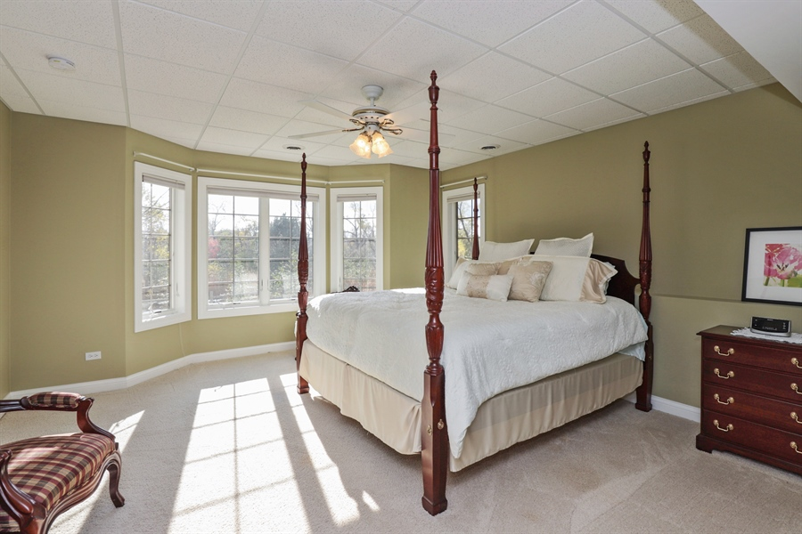 Real Estate Photography - 824 Wedgewood Court, Lindenhurst, IL, 60046 - 2nd Bedroom