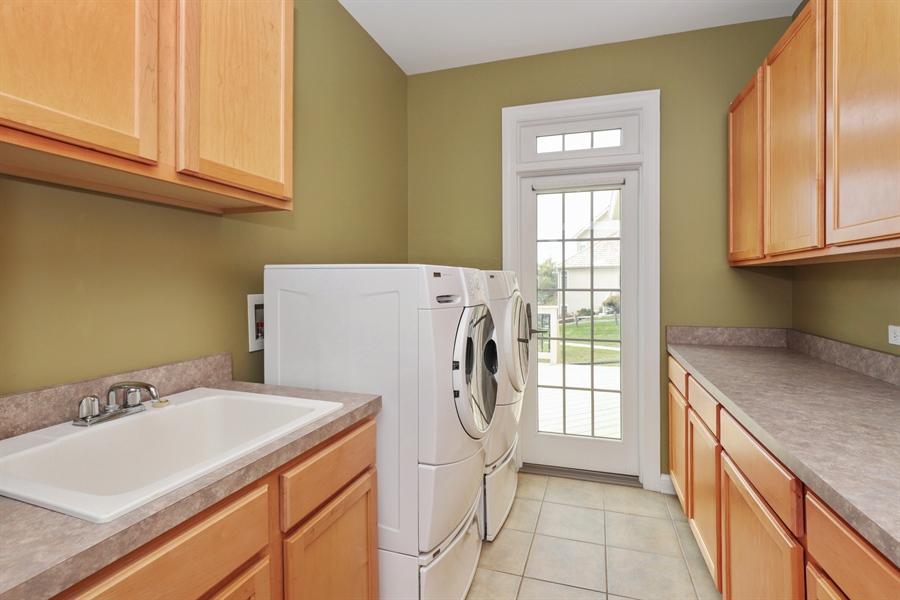 Real Estate Photography - 824 Wedgewood Court, Lindenhurst, IL, 60046 - Laundry Room