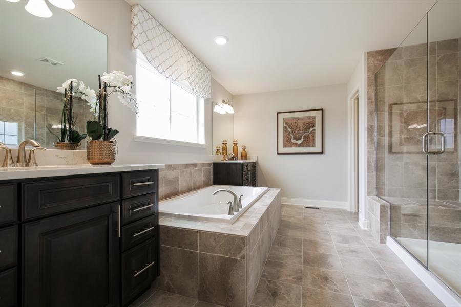 Real Estate Photography - 1015 Mayhaw Drive, Crystal Lake, IL, 60012 - Master Bathroom