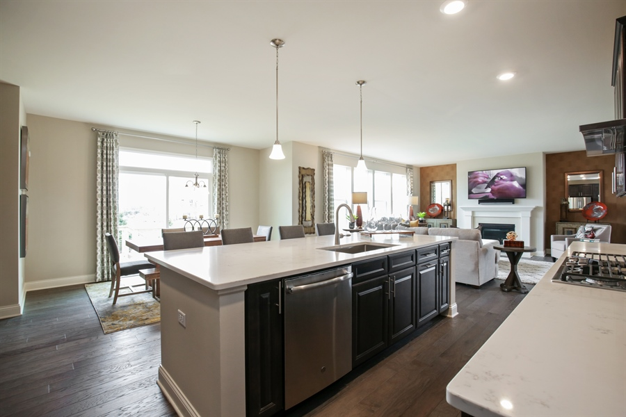 Real Estate Photography - 1015 Mayhaw Drive, Crystal Lake, IL, 60012 - Kitchen