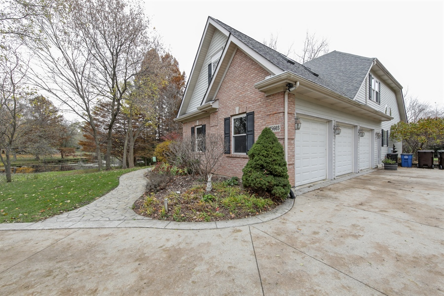 Real Estate Photography - 25603 N. warwick Road, Tower Lakes, IL, 60010 - Side View