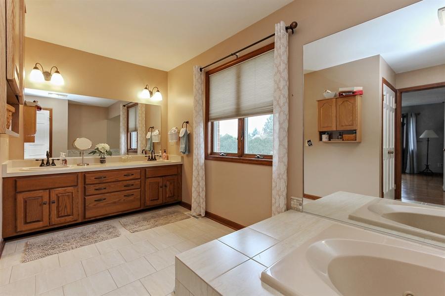 Real Estate Photography - 14465 Dan Patch Lane, Libertyville, IL, 60048 - Master Bathroom