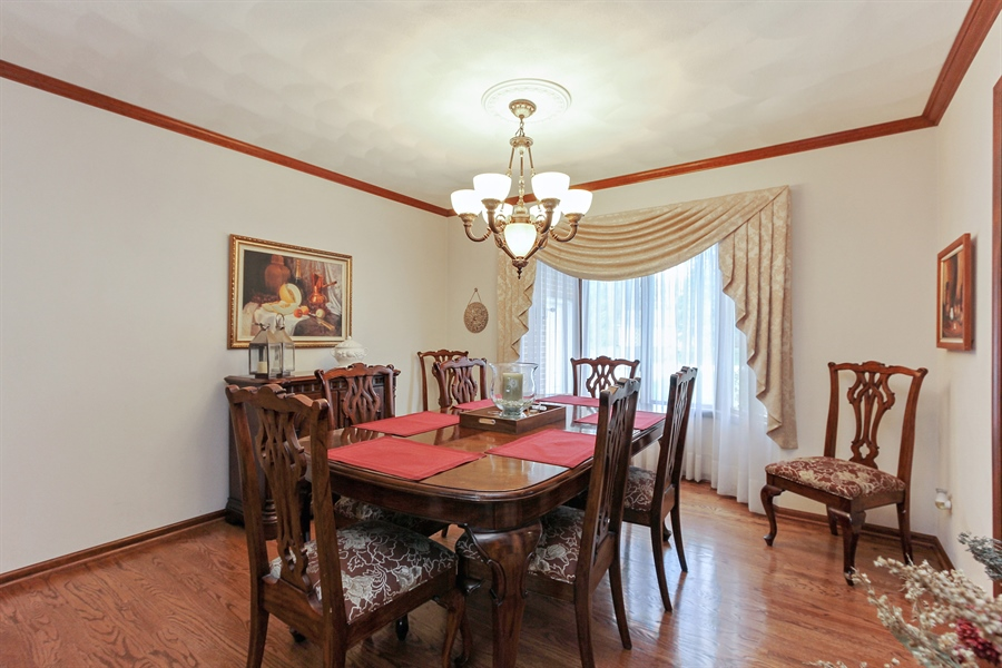 Real Estate Photography - 14465 Dan Patch Lane, Libertyville, IL, 60048 - Dining Room