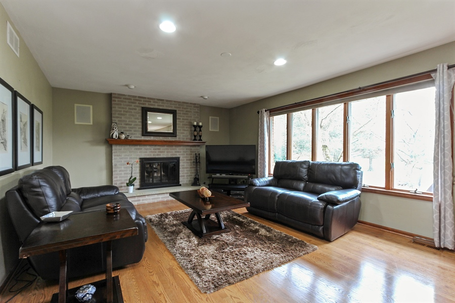 Real Estate Photography - 14465 Dan Patch Lane, Libertyville, IL, 60048 - Family Room