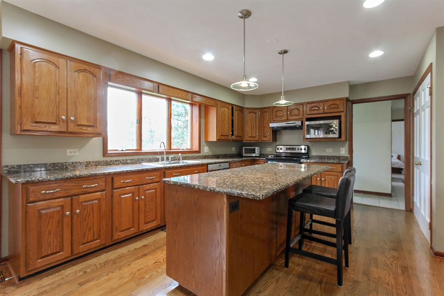 Real Estate Photography - 14465 Dan Patch Lane, Libertyville, IL, 60048 - Kitchen