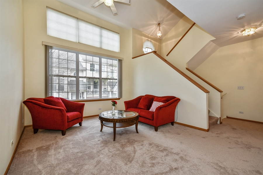Real Estate Photography - 751 Pheasant Trail, Unit 751, St. Charles, IL, 60174 - Living Room