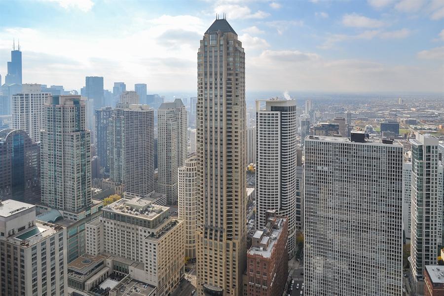 Real Estate Photography - 180 E Pearson, Unit 5501, Chicago, IL, 60611 - View