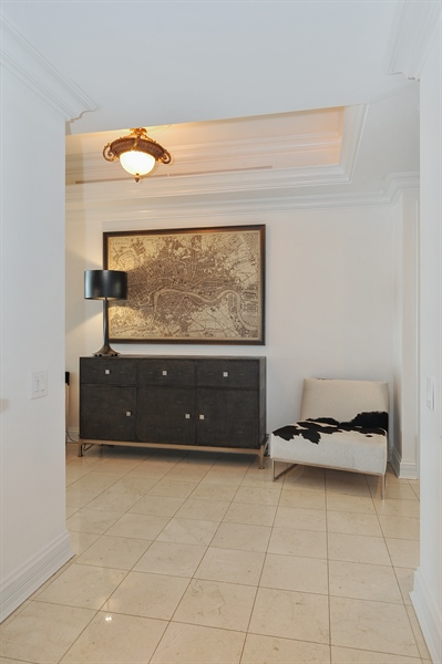 Real Estate Photography - 180 E Pearson, Unit 5501, Chicago, IL, 60611 - Foyer