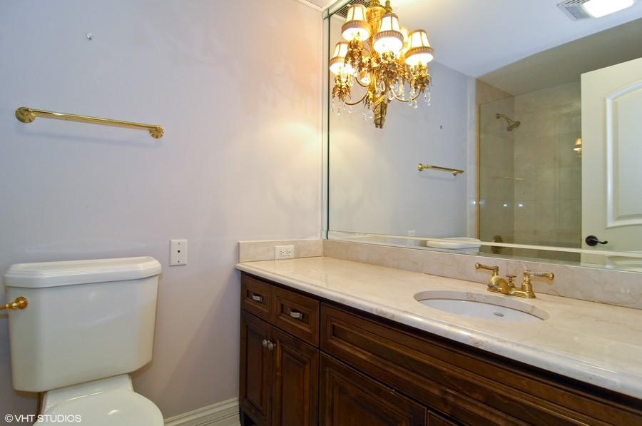 Real Estate Photography - 180 E Pearson, Unit 5501, Chicago, IL, 60611 - Bath