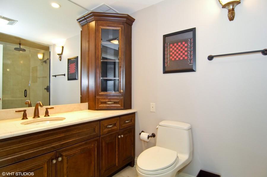 Real Estate Photography - 180 E Pearson, Unit 5501, Chicago, IL, 60611 - His Bath