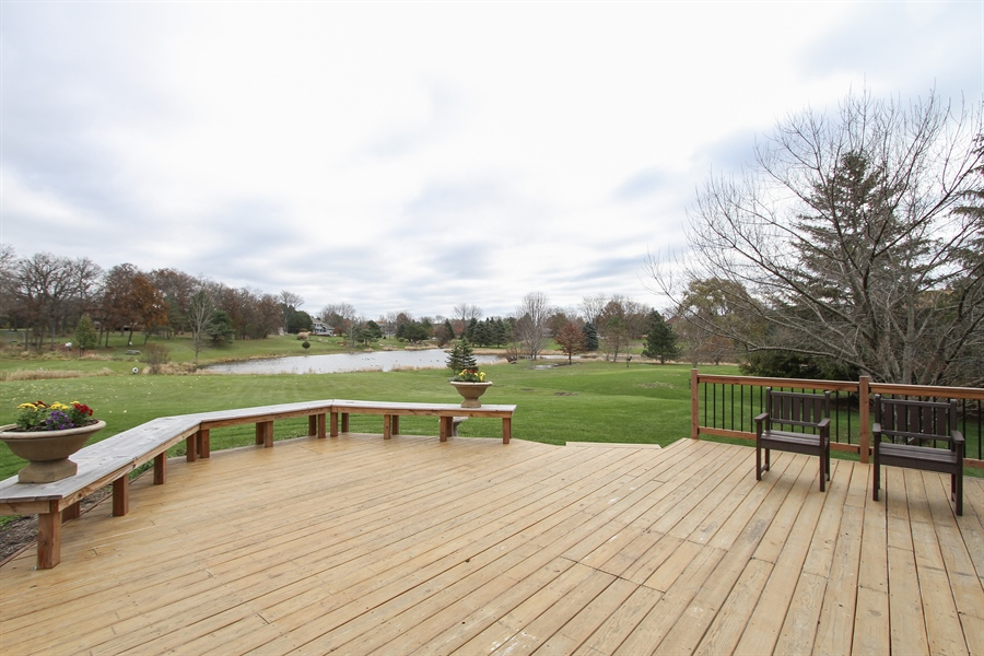 Real Estate Photography - 5 Bent Tree Court, Hawthorn Woods, IL, 60047 - Deck