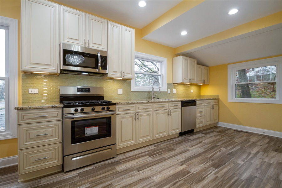 Real Estate Photography - 403 W South Street, Woodstock, IL, 60098 - Kitchen