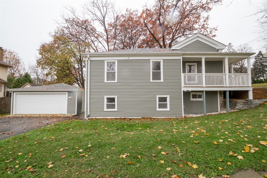 Real Estate Photography - 403 W South Street, Woodstock, IL, 60098 - Front View