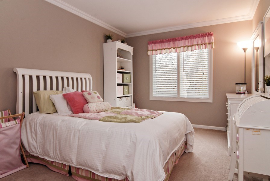 Real Estate Photography - 961 Waterside Court, Aurora, IL, 60502 - 2nd Bedroom