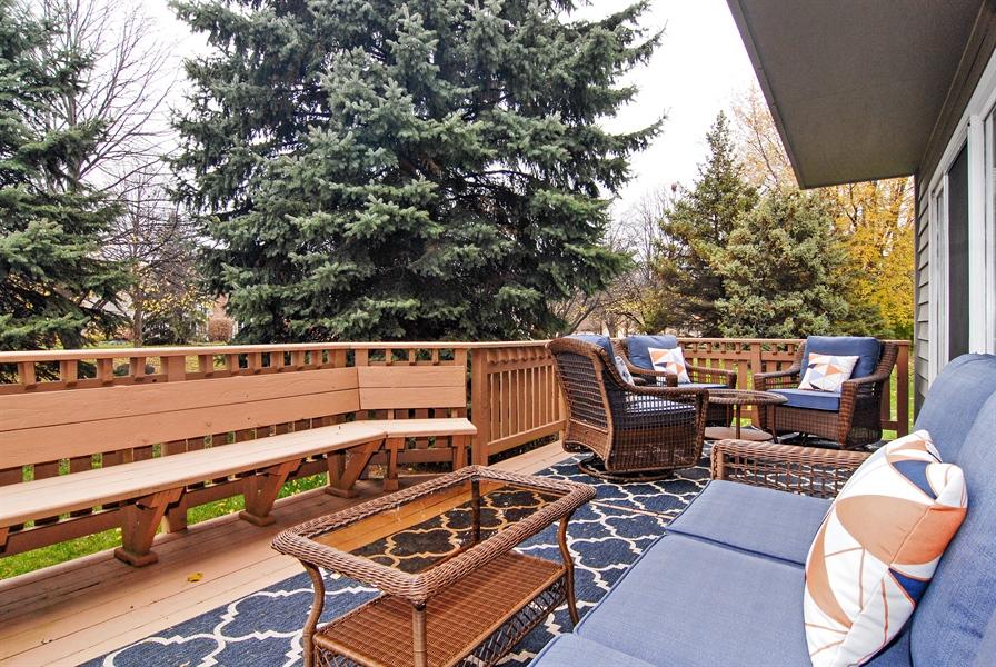Real Estate Photography - 961 Waterside Court, Aurora, IL, 60502 - Deck