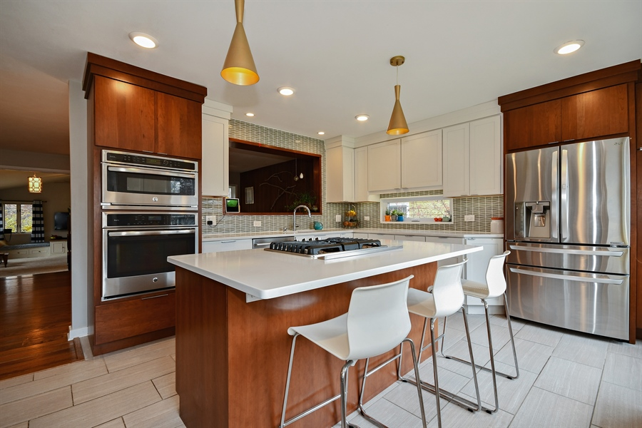 Real Estate Photography - 307 Woodward Ave, Geneva, IL, 60134 - Kitchen