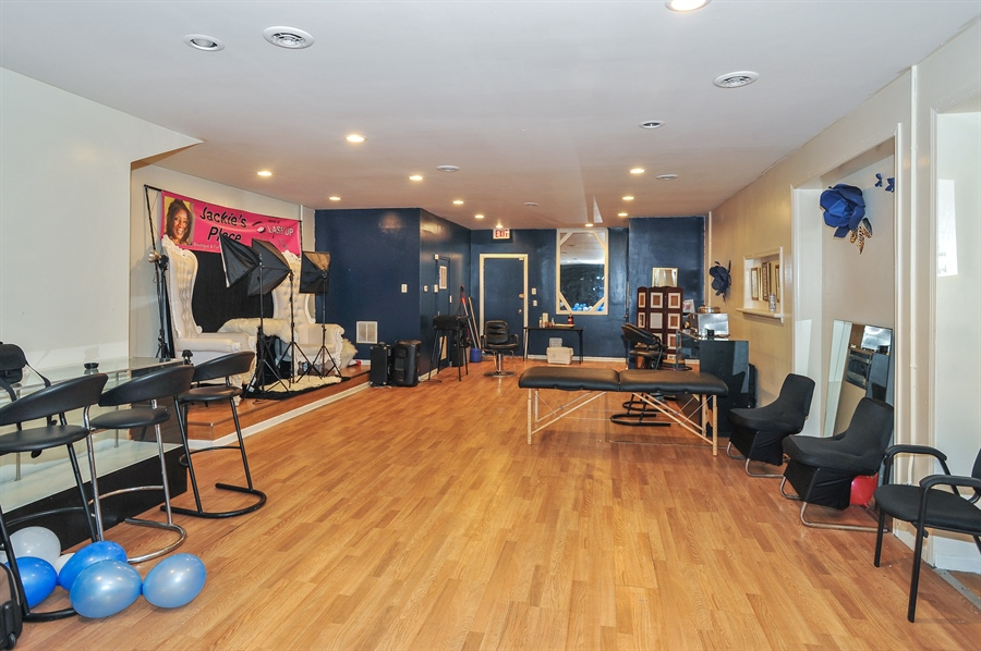 Real Estate Photography - 5301 West Chicago Ave, Chicago, IL, 60651 - Commercial space - spa