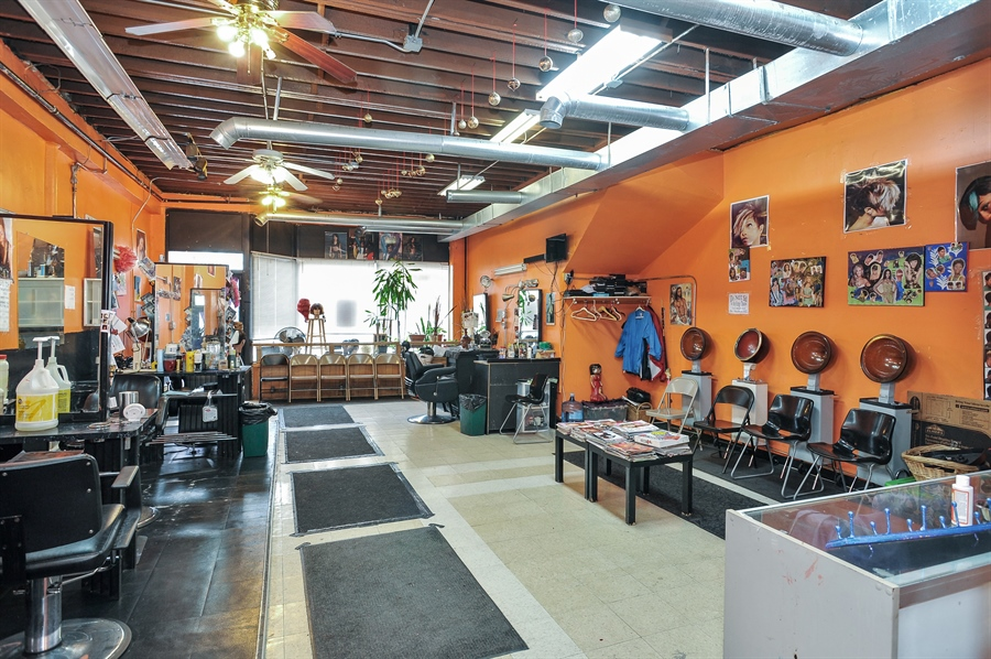 Real Estate Photography - 5301 West Chicago Ave, Chicago, IL, 60651 - Commercial space - hair salon