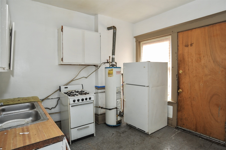 Real Estate Photography - 5301 West Chicago Ave, Chicago, IL, 60651 - Kitchen for residential