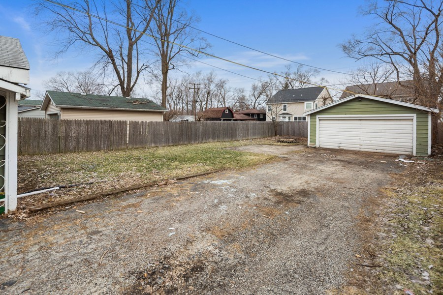 Real Estate Photography - 1034 Norfolk Street, Downers Grove, IL, 60516 - Back Yard