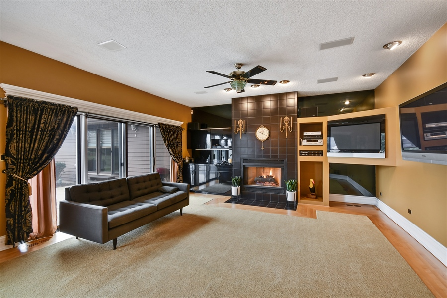 Real Estate Photography - 5N737 Dunham Trails Road, Wayne, IL, 60184 - Family Room