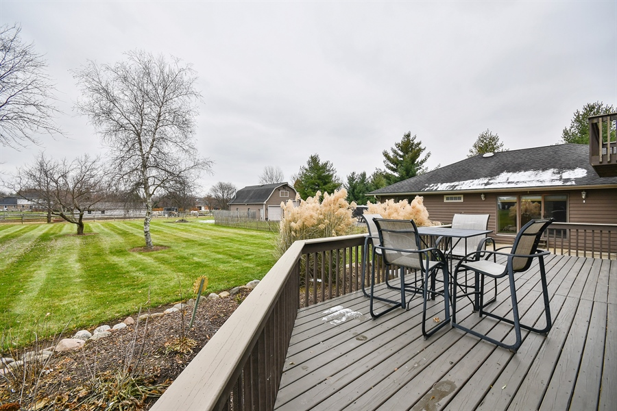 Real Estate Photography - 5N737 Dunham Trails Road, Wayne, IL, 60184 - Deck