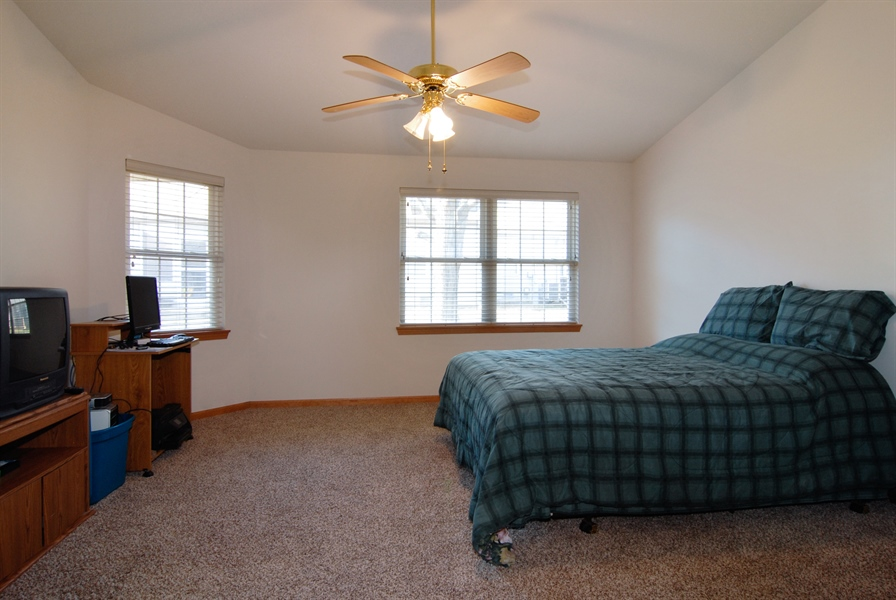 Real Estate Photography - 1908 Margaret Court, Aurora, IL, 60505 - Master Bedroom