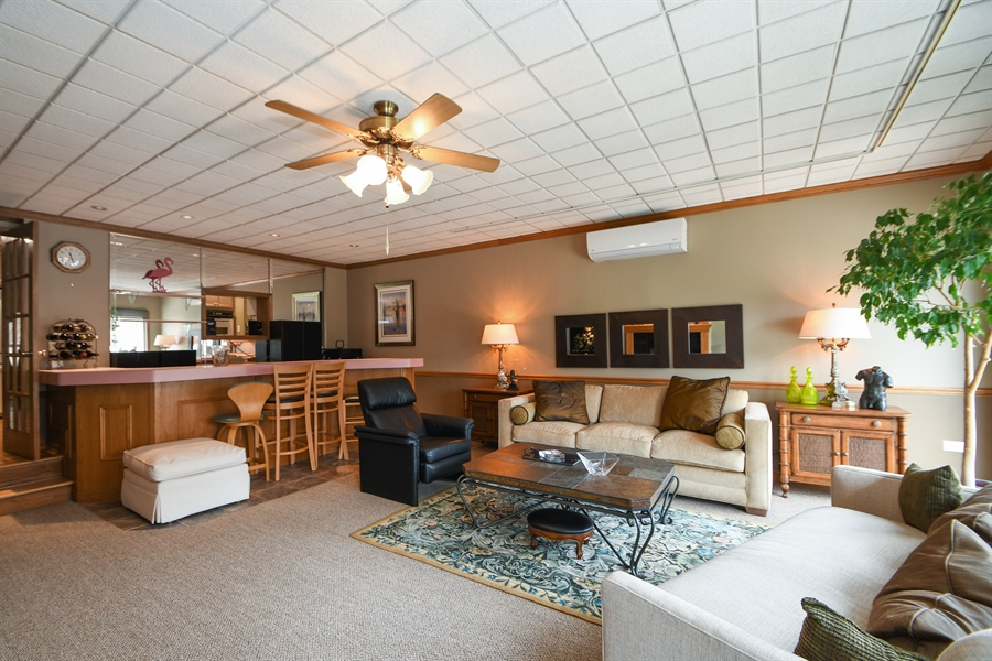 Real Estate Photography - 16351 RIDGELAND Avenue, Tinley Park, IL, 60477 - Family Room