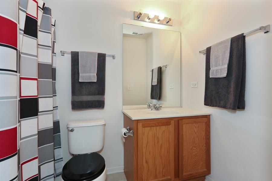 Real Estate Photography - 24928 Franklin Lane, Plainfield, IL, 60585 - Master Bathroom