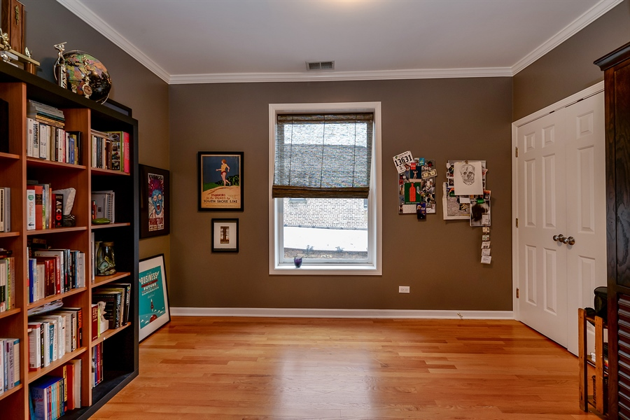 Real Estate Photography - 5638 North Wayne Ave, 3, Chicago, IL, 60660 - 3rd Bedroom
