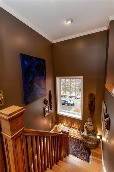 Real Estate Photography - 5638 North Wayne Ave, 3, Chicago, IL, 60660 - Foyer