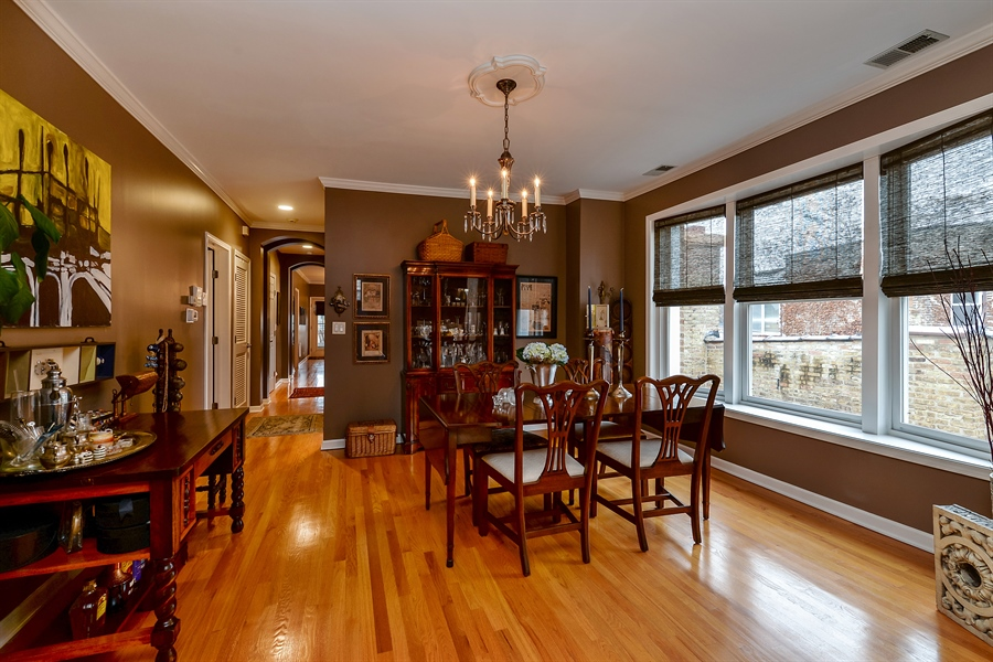 Real Estate Photography - 5638 North Wayne Ave, 3, Chicago, IL, 60660 - Dining Area