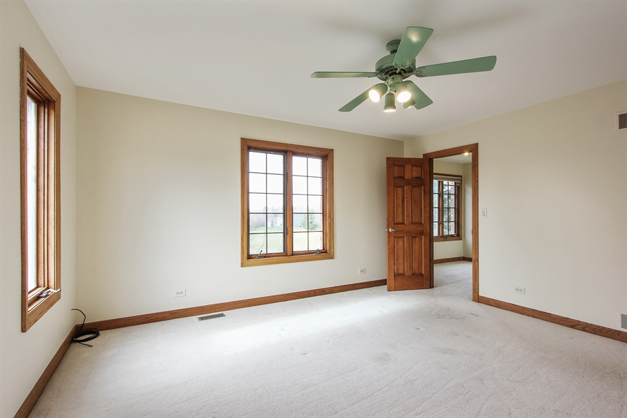 Real Estate Photography - 36 Saint John Dr, Hawthorn Woods, IL, 60047 - 2nd Bedroom