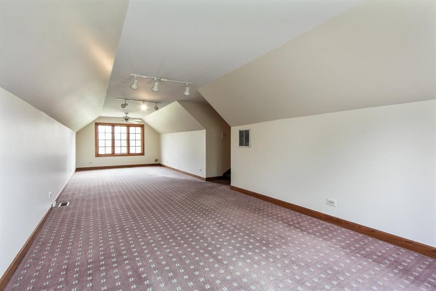 Real Estate Photography - 36 Saint John Dr, Hawthorn Woods, IL, 60047 - Bonus Room