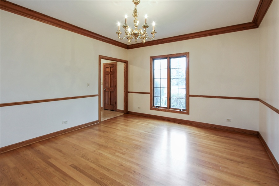 Real Estate Photography - 36 Saint John Dr, Hawthorn Woods, IL, 60047 - Dining Room