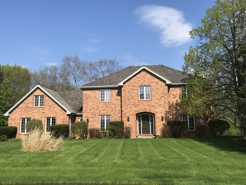 Real Estate Photography - 36 Saint John Dr, Hawthorn Woods, IL, 60047 -
