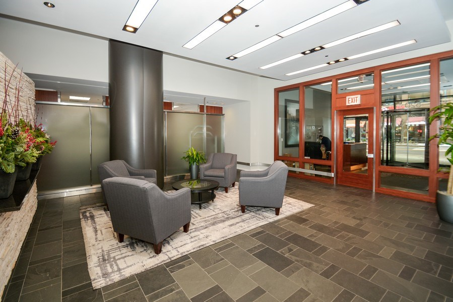 Real Estate Photography - 520 S. State Street, Unit 1109, Chicago, IL, 60605 - Lobby
